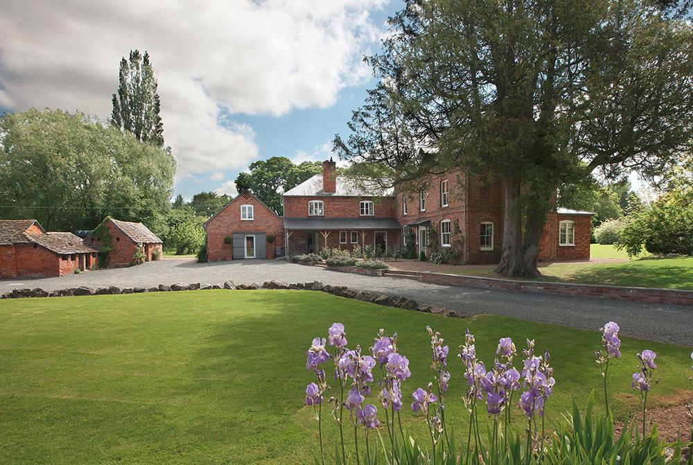 Monnington House