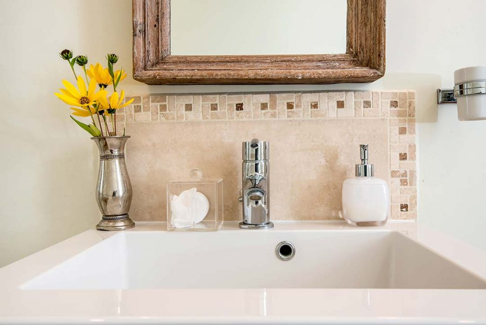 Dahlia Bishop of York in Agatas en suite bathroom with lovely bath products from the Little Soap Company